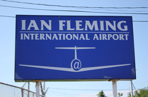 fleming_airport_sign.jpg (409698 bytes)